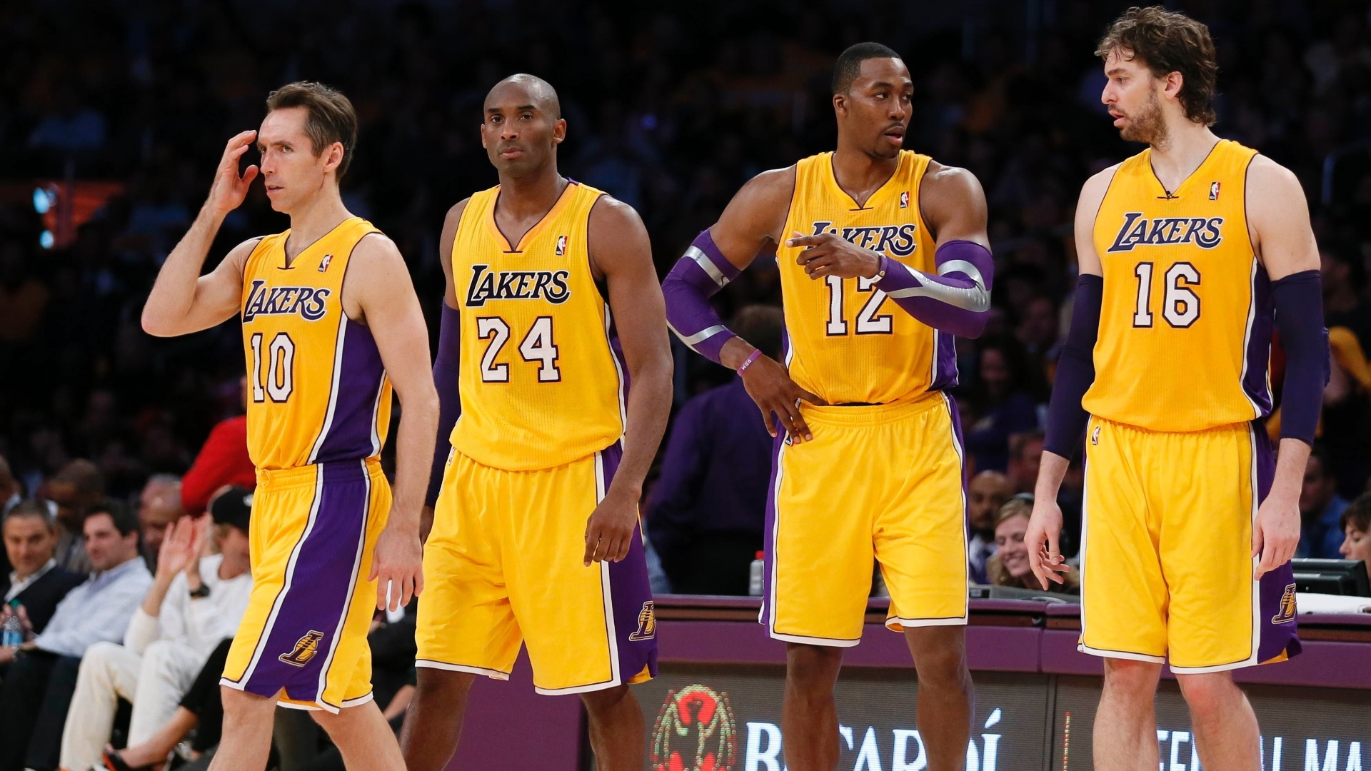 1874b007e297c Lakers pedem tempo para brilhar e minimizam nona derrota seguida com   super-time  - 31 10 2012 - UOL Esporte