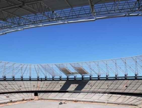 Obras do Estádio Castelão, em Fortaleza (CE), em outubro de 2012
