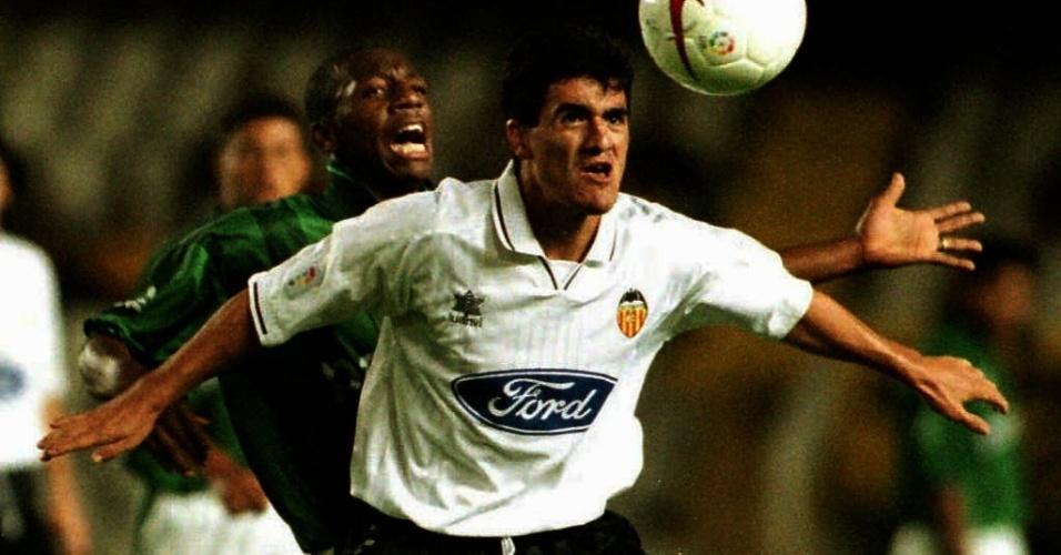 Amaral marca o argentino Burrito Ortega em amistoso internacional entre Palmeiras e Valencia