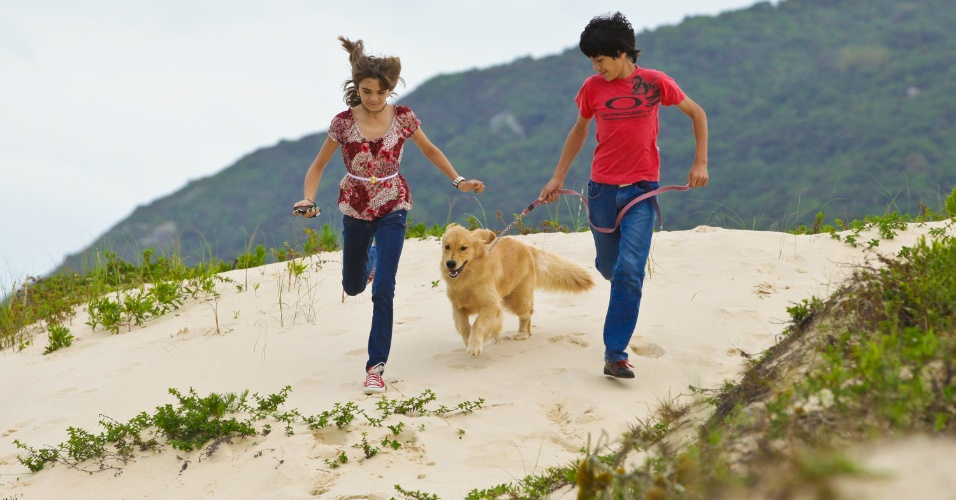 Isadora é uma garota de praia. A casa da família fica a 300m da água do Santinho (a 40 km do centro de Florianópolis), a mesma do resort badalado e frequentado por celebridades