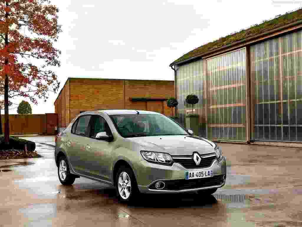 Renault muda o sedã Symbol na Turquia, que passa a ser o novo Logan romeno com o símbolo do diamante na grade - Divulgação