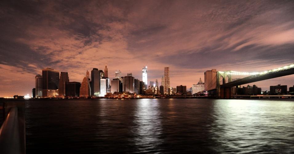 2.nov.2012 - Vista panorâmica de Manhattan em Nova York (EUA)