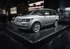 Land Rover aprimora Range Rover e celebra importação oficial da Jaguar - JOEL SAGET/AFP
