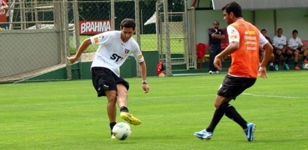 Ganso faz gol e dá assistência em primeiro rachão com o elenco do São Paulo