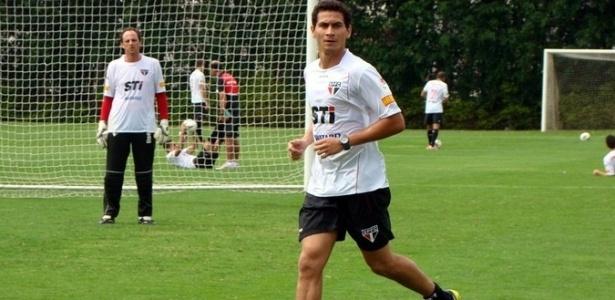 Ganso marcou um gol e deu uma assistência em seu primeiro rachão com o elenco do São Paulo