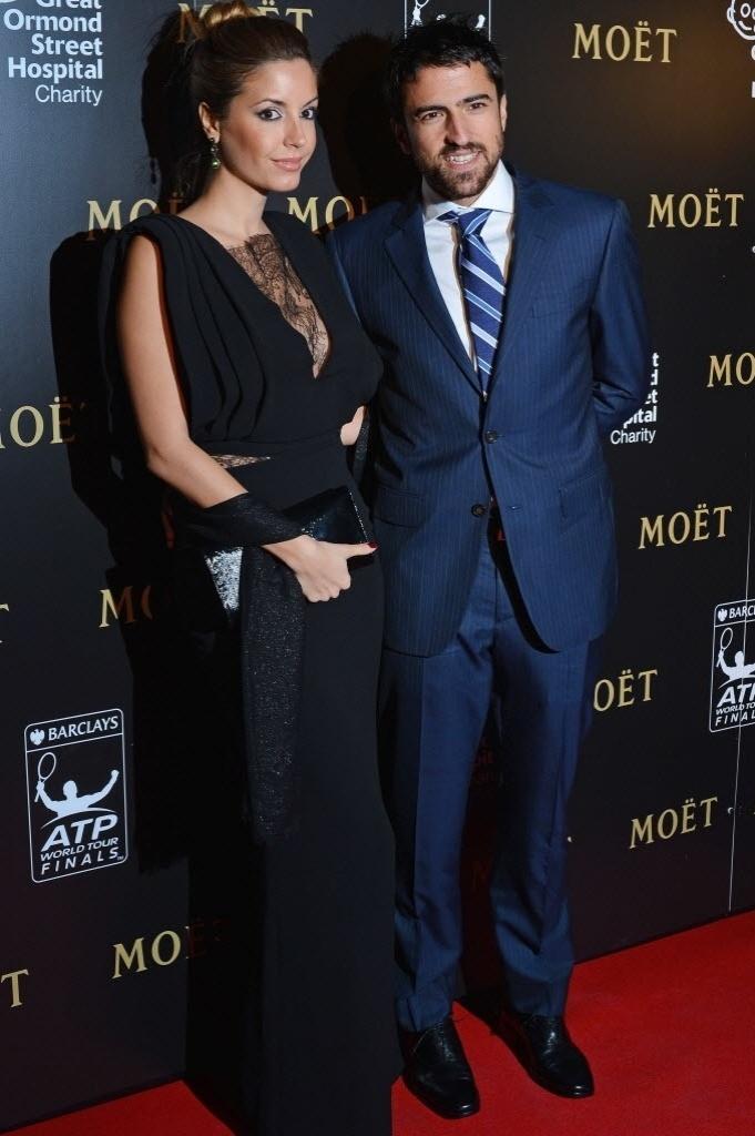 Janko Tipsarevic e sua mulher Biljana Sesevic posam durante o jantar de gala das Finais da ATP em Londres (03/11/2012)