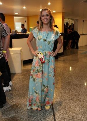Carolina Dieckman posa para foto durante show no Rio de Janeiro; atriz foi alvo de roubo de imagens de seu computador