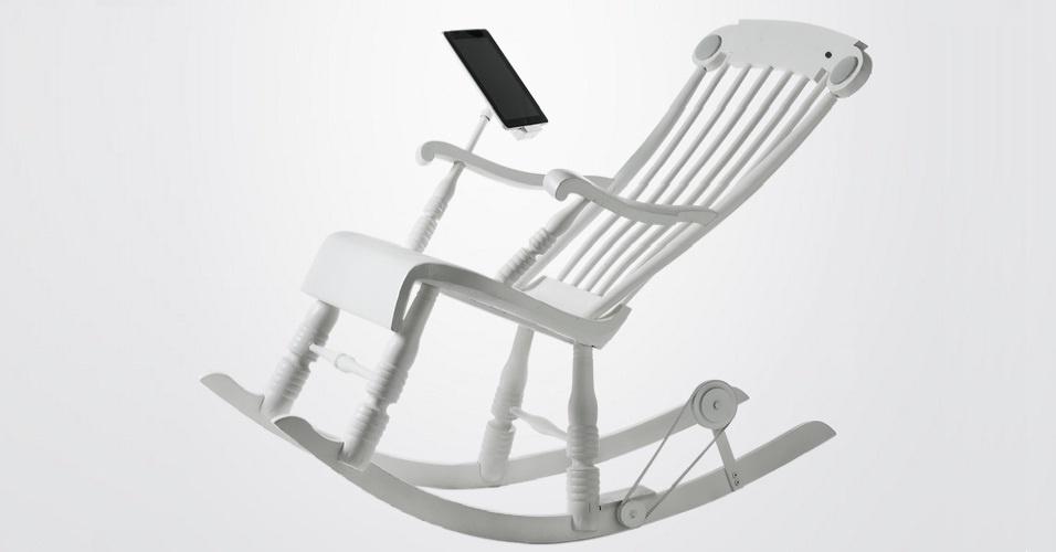 6.nov.2012 - As cadeiras de balanço, definitivamente, não são mais as mesmas que os avós costumavam usar. A