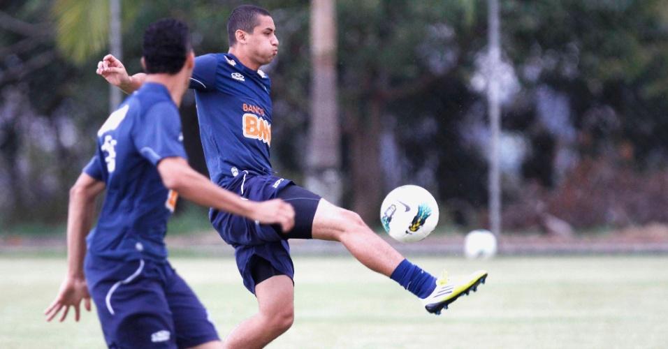 Wellington Paulista durante treino do Cruzeiro (6/11/2012)