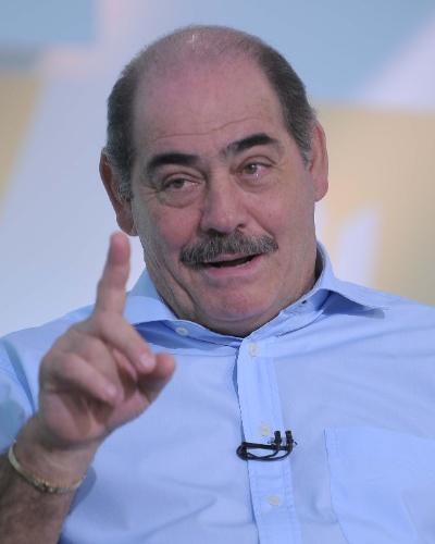 Roberto Rivellino é o novo integrante do time de comentaristas do Cartão Verde