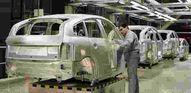 Linha de montagem do Audi A2, com carroceria de alumínio - AP - AP