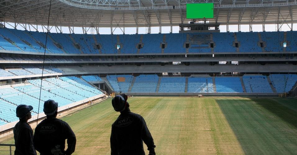 Teste do telão da Arena do Grêmio a exatos 30 dias da inauguração (08/11/2012)