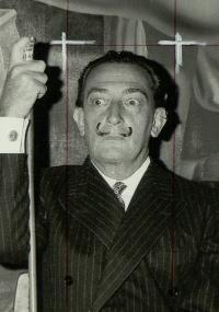 """Foto de Salvador Dalí para o """"International Herald Tribune"""""""