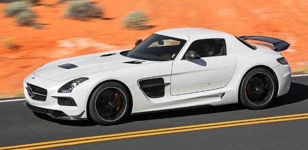 A Mercedes revela o SLS AMG Black Series, com motor V8 de 622 cv (59 cv a mais que o SLS AMG original) - Divulgação