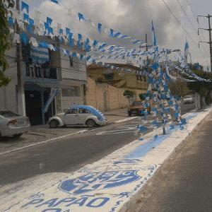 Rua de Belém amanhece pintada nas cores do Paysandu no dia do acesso à Série B
