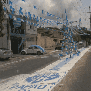 Rua de Belém amanhece pintada nas cores do Paysandu no dia do acesso à Série B - Reprodução/Orkut