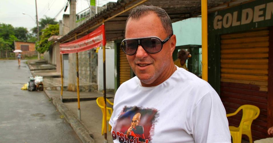 Arnaldo Ramalho Gonçalves, o Naldo, com o óculos que já foi do amigo Emerson Sheik