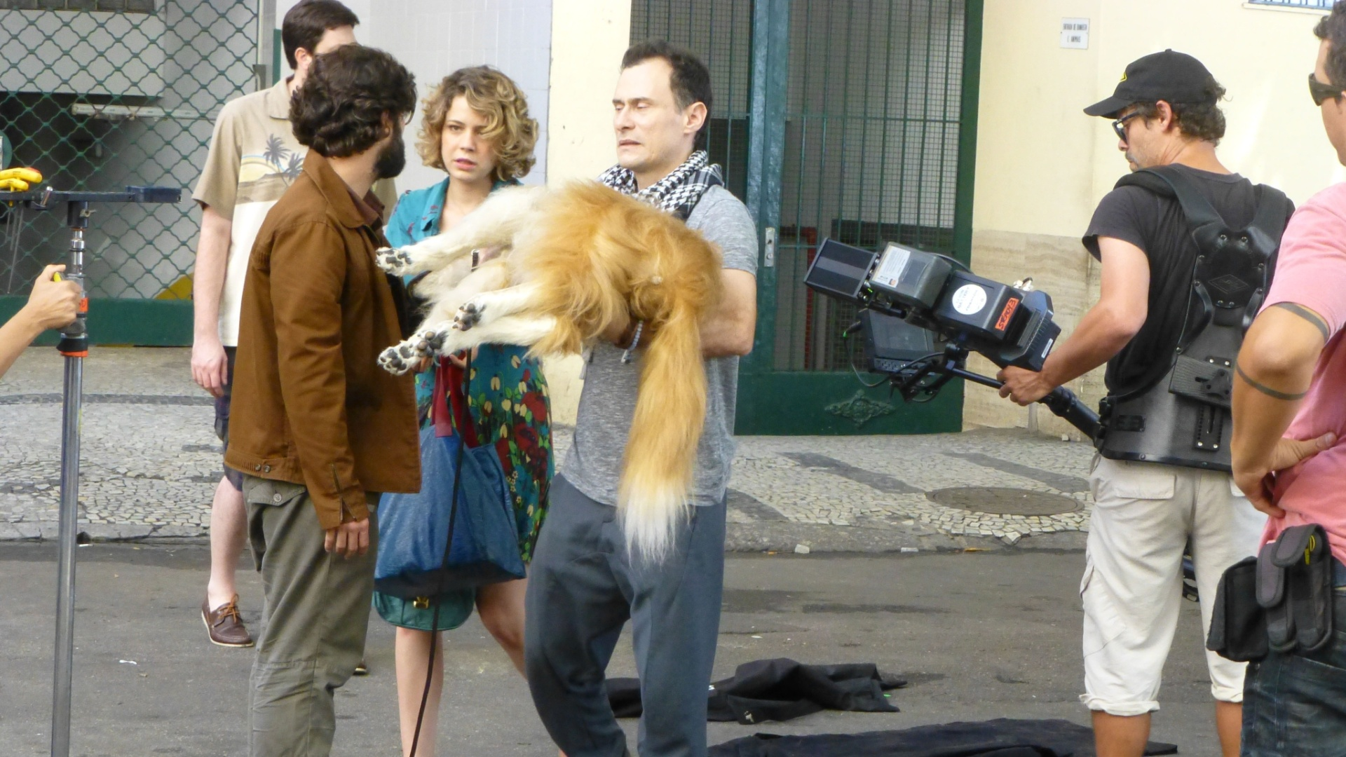 Bruno Gagliasso e Leandra Leal gravam