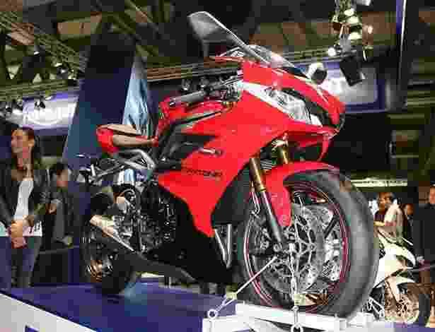 Triumph mostra suas novidades no Salão de Milão 2012 - Carlos Bazela/Infomoto
