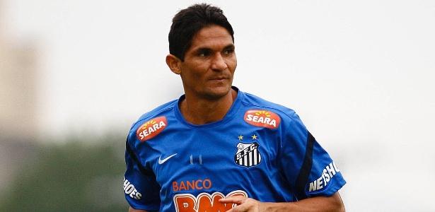 Durval pede R$ 700 mil na Justiça, enquanto Santos pretende pagar R$ 300 mil pacelados