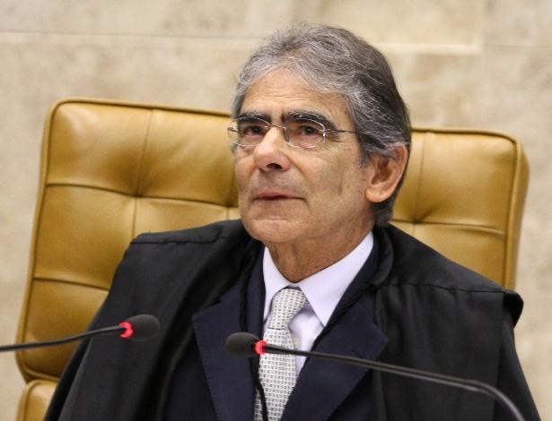Ayres Britto, em sua última sessão no Supremo, em 14 de novembro de 2012 -  Sergio Lima/Folhapress