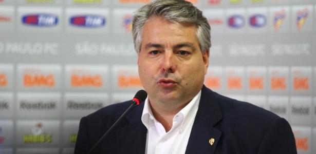 Adalberto Baptista, diretor de futebol do São Paulo, deixou o cargo nesta quinta-feira - Luiz Pires/VIPCOMM