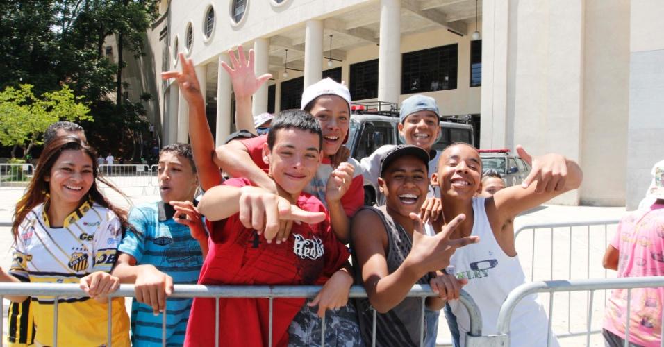 Crianças também acompanharam a final da Copa Kaiser entre Ajax e Turma do Baffô