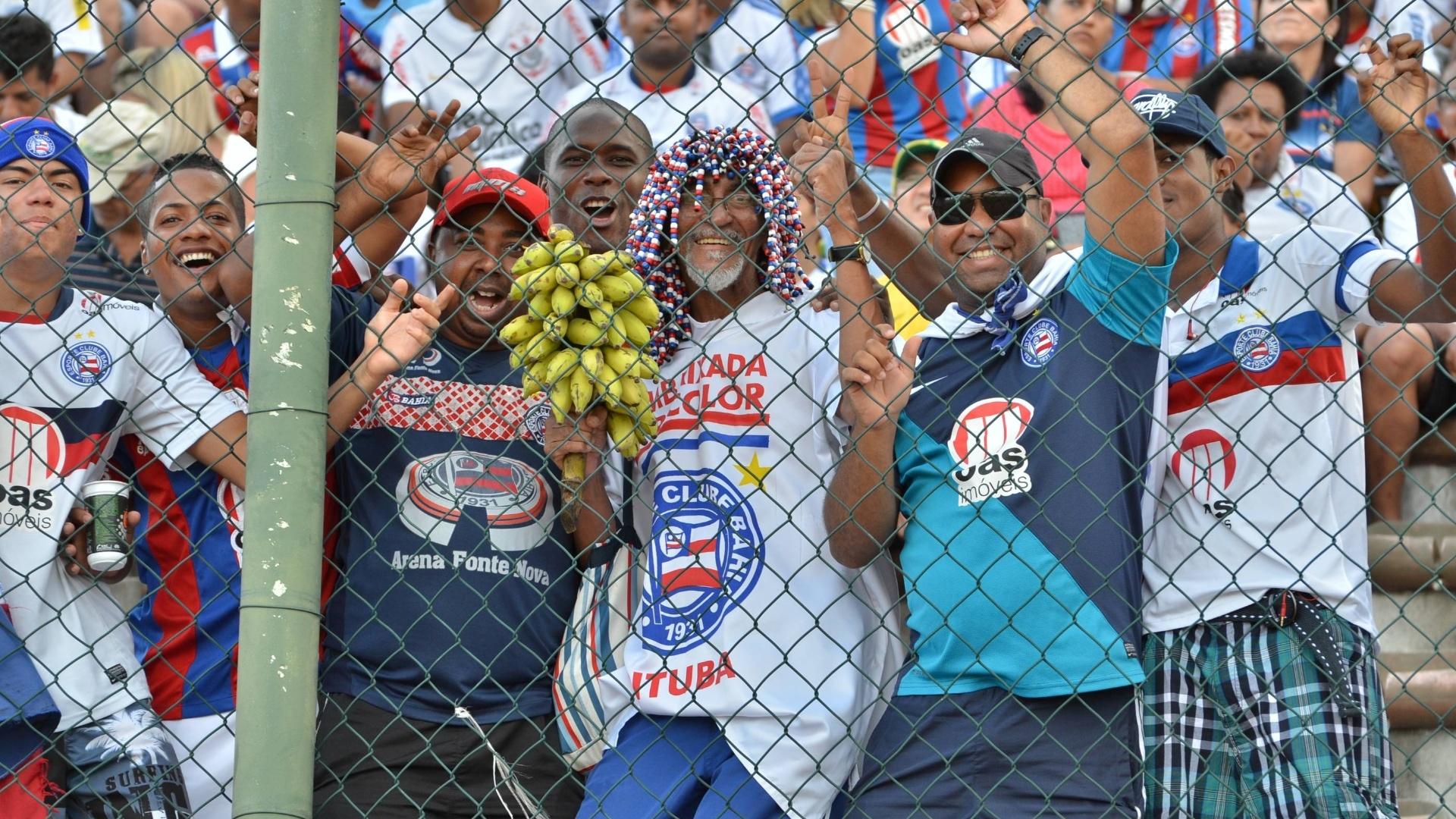 Torcedores do Bahia fazem festa antes da partida contra a Ponte Preta pela 36ª rodada do Brasileirão