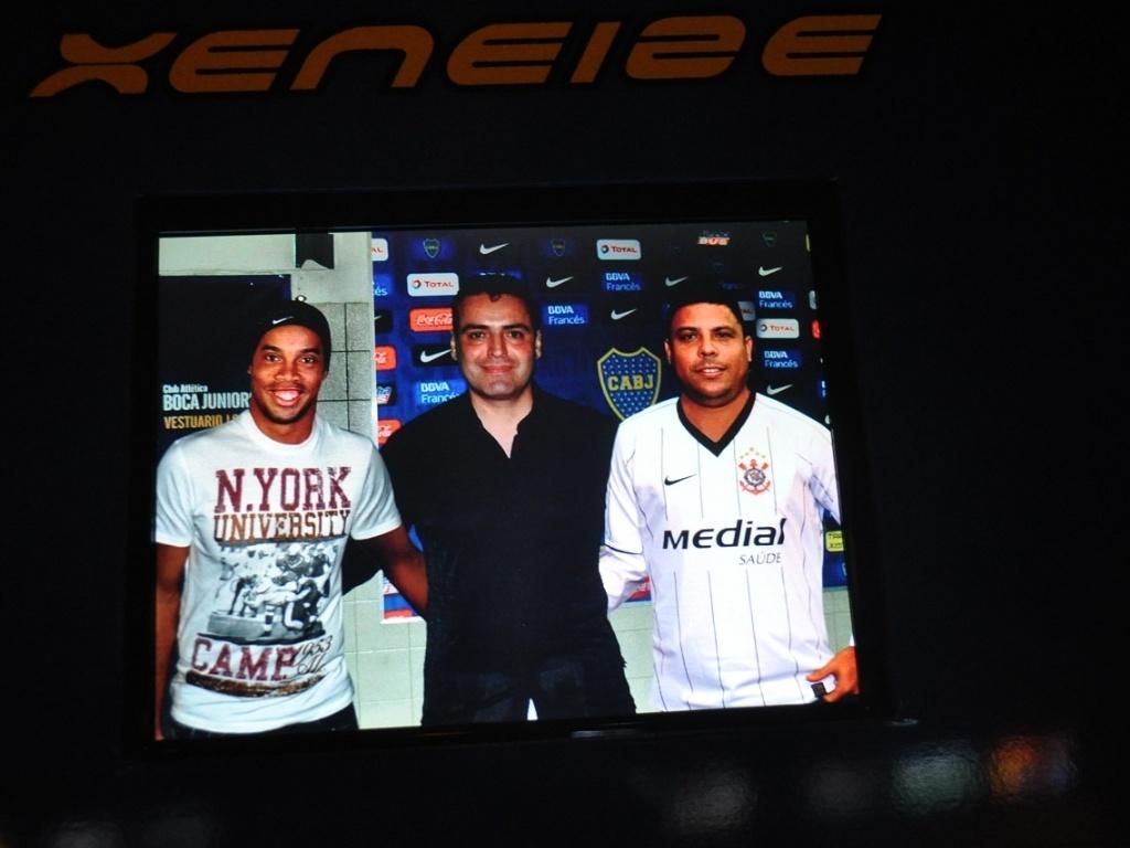 Ronaldinho Gaúcho e Ronaldo Nazário também estão presentes nas montagens do Boca Juniors