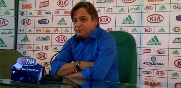 Arnaldo Tirone escapa de punição no Palmeiras