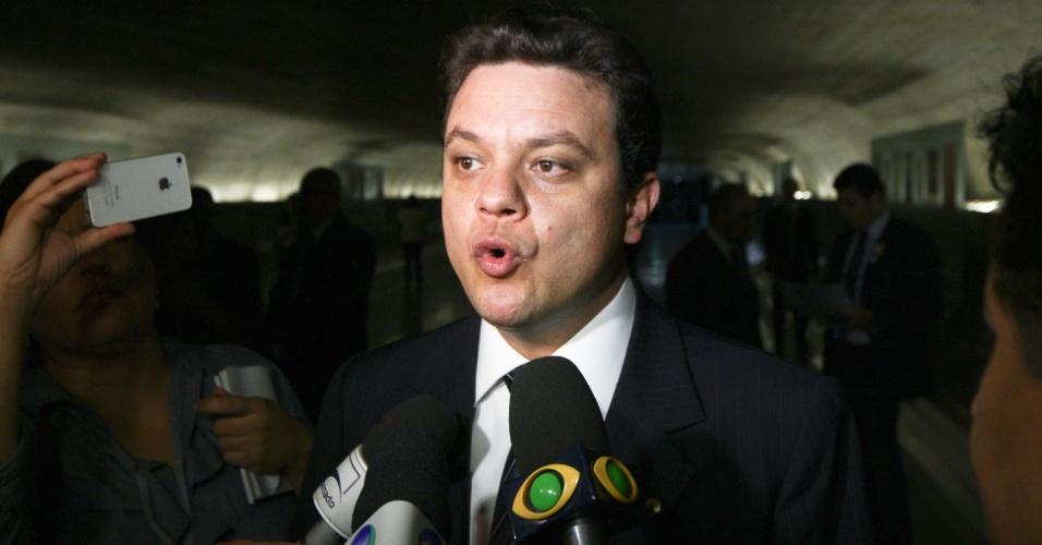 Relator da CPI (Comissão Parlamentar de Inquérito) do Cachoeira, o deputado Odair Cunha (PT-MG) disse que já apresentou seu relatório à comissão e que o documento deve ser lido na reunião desta quarta-feira (21)