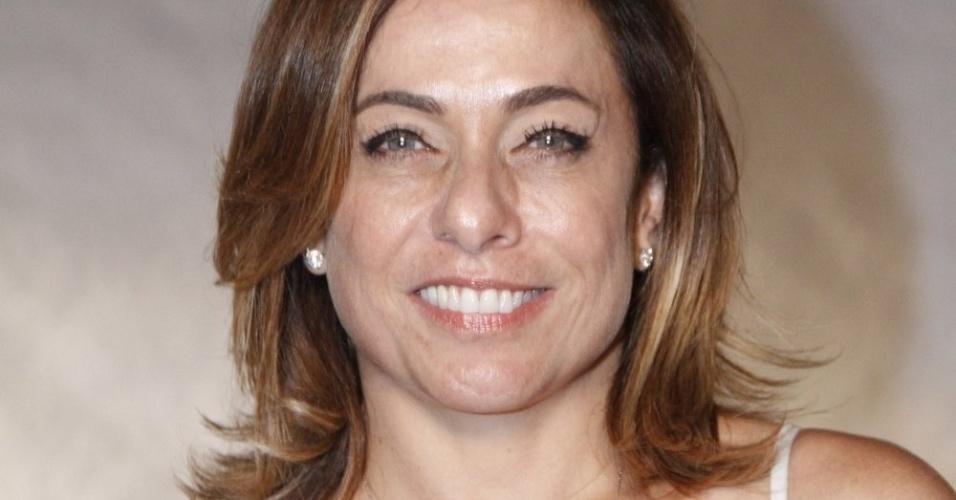 A atriz Cissa Guimarães participa do especial de fim de ano da Globo, com Roberto Carlos (21/11/12)