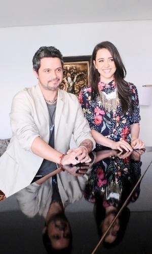 """Alejandro Sanz grava clipe da música """"Bailo con vos"""", com Roberta Sá, no Rio de Janeiro. A música, que conta com a participação de Sá, está no novo álbum de Sanz, """"La Música No Se Toca"""" (21/11/12)"""