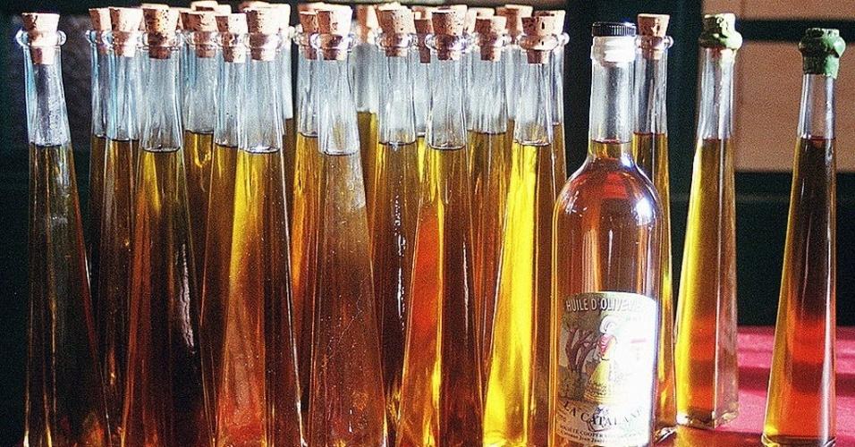 azeite produzido no sul da frança, ilustra