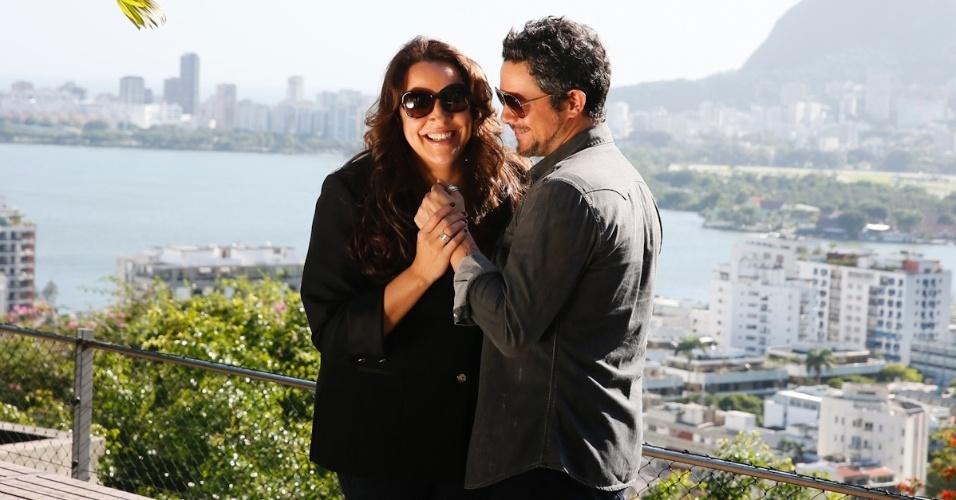"""O cantor espanhol Alejandro Sanz gravou o clipe da música """"Irrepetível"""", que gravou com Ana Carolina"""