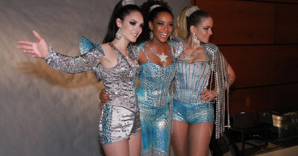 Taís Araújo, Isabelle Drummond e Leandra Leal, do grupo Empreguetes da antiga novela das sete da Globo,