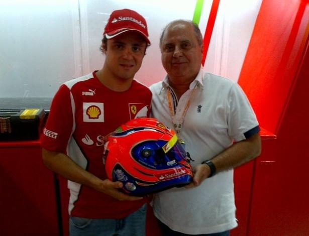 Felipe Massa mostra capacete em homenagem ao pai Titônio para o GP do Brasil