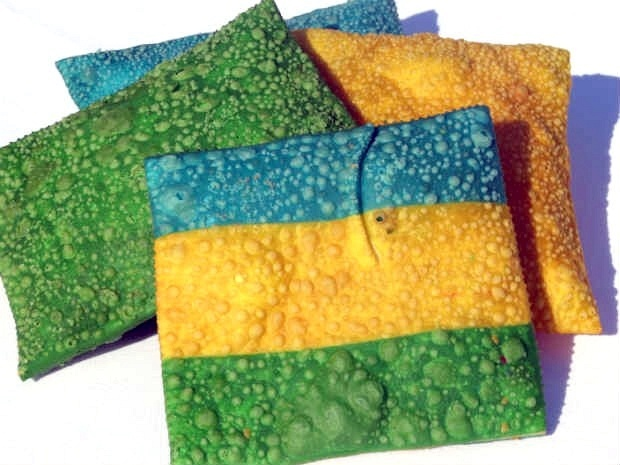 Chef de Toledo (PR) cria pasteis com cores de bandeiras para vender na Copa de 2014