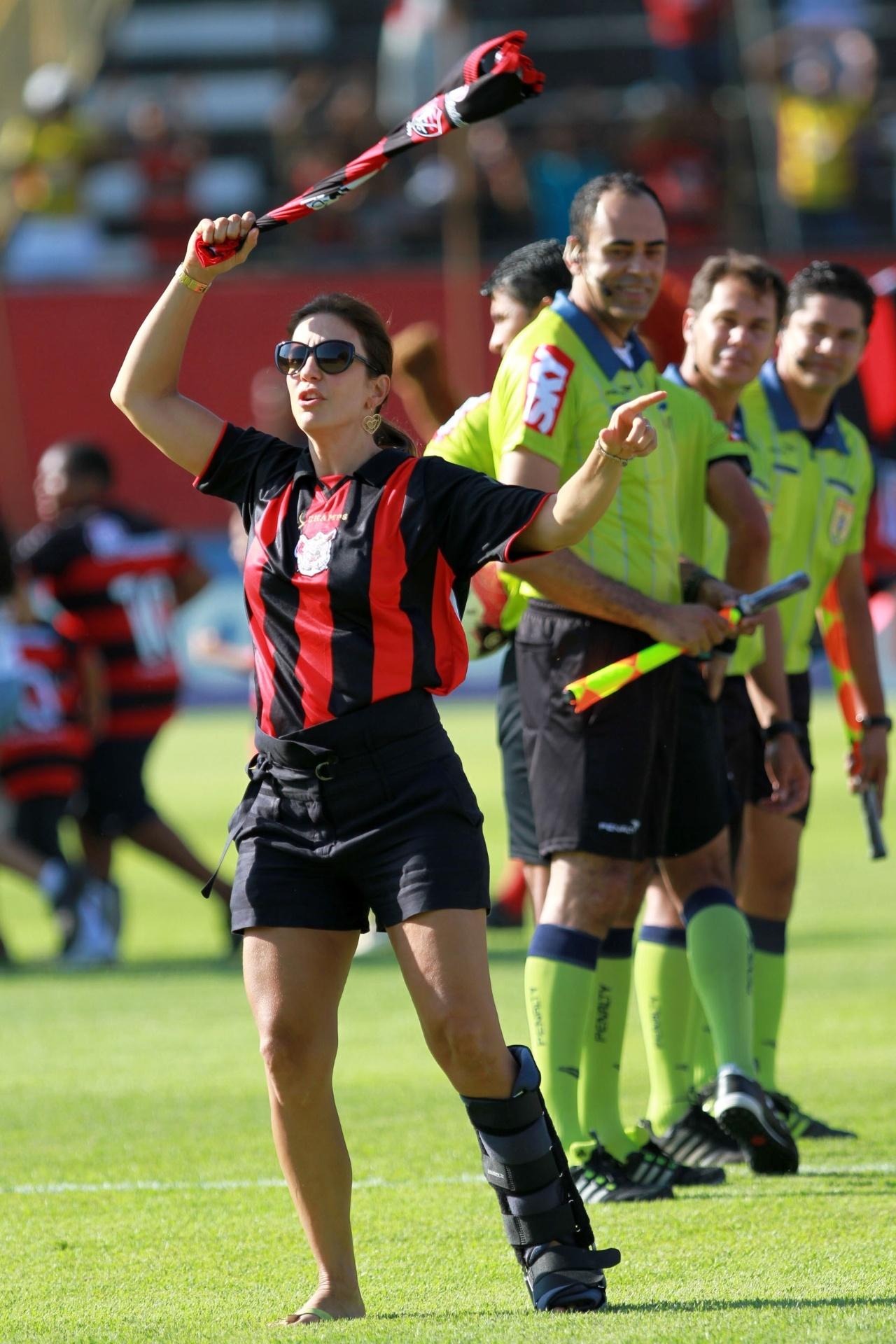Ivete Sangalo faz a festa no Barradão antes do jogo entre Vitória e Ceará pela Série B do Brasileirão