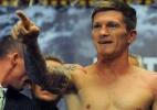 Ex-campeão mundial quer voltar aos ringues para desafiar ex-beque do United - AFP/ANDREW YATES