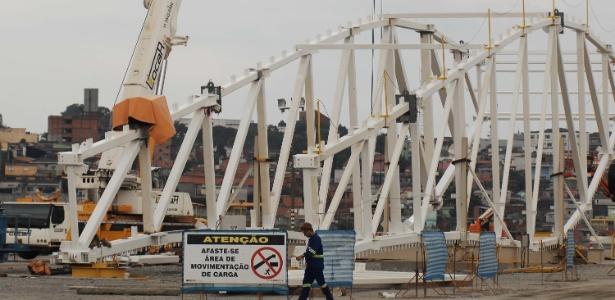 Obras chegaram a 60% no Itaquerão, novo estádio do Corinthians (Foto de 24.nov.2012)