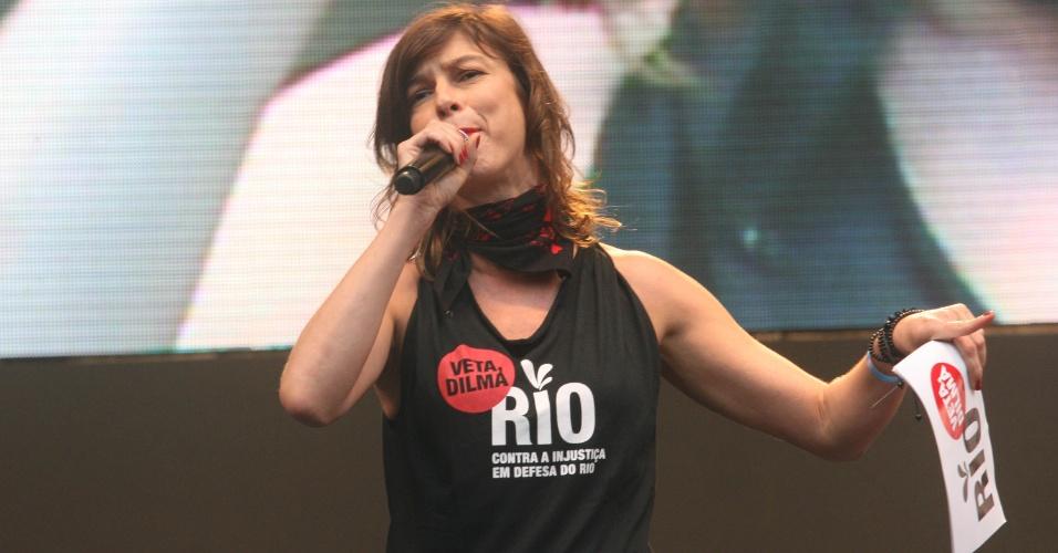 26.nov.2012 - A atriz Maria Paula participa do protesto