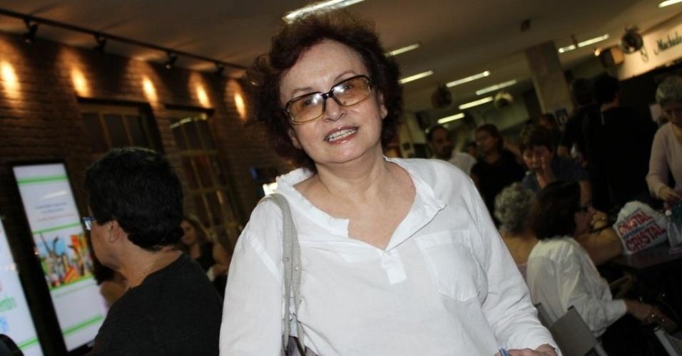 """A atriz Joana Fomm vai à reestreia do espetáculo """"Tim Maia Vale Tudo, O Musical"""" no Theatro Net Rio, na zona sul carioca (25/11/2012)"""