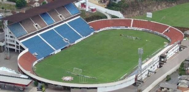 Estádio Centenário, em Caxias do Sul, foi alvo de assalto na noite deste sábado