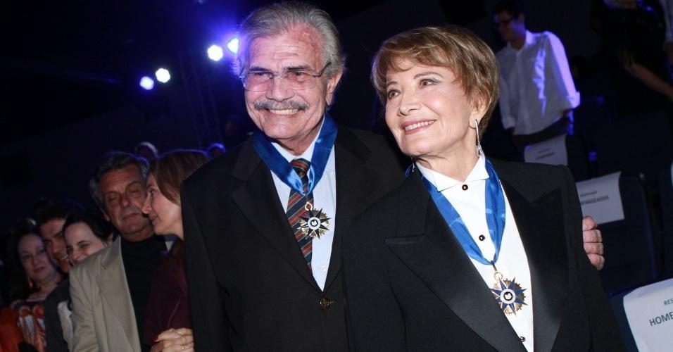 Glória Menezes e Tarcísio Meira são homenageados na festa de lançamento do Prêmio de Teatro do Brasil no Cinema Roxy, em Copacabana, no Rio de Janeiro (26/11/12)