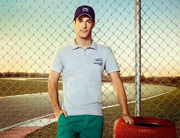 Nov.2012 - O piloto brasileiro Bruno Senna lançou uma linha de roupas em parceria com a grife Colcci