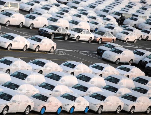 Carros da Audi, uma das marcas do Grupo Volkswagen, são preparados para entrega na Alemanha - Fabian Bimmer/Reuters