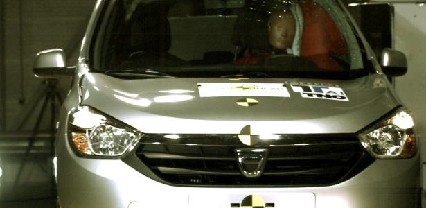 Dacia Lodgy, que deve chegar ao Brasil com o símbolo da Renault, leva três estrelas no Euro NCAP
