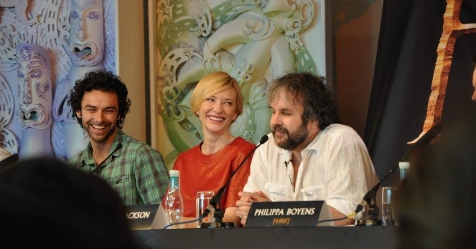 O diretor Peter Jackson com os atores Cate Blanchet e Aidan Turner na pré-estreia de