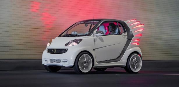 Smart forjeremy Concept é projeto da marca para Jeremy Scott, estilista americano de artistas famosos